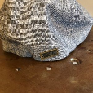Levi's Accessories - Levi's driver cap - like new